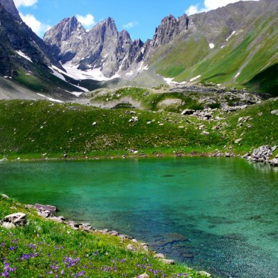 1 Day Hike to Abudelauri Lakes